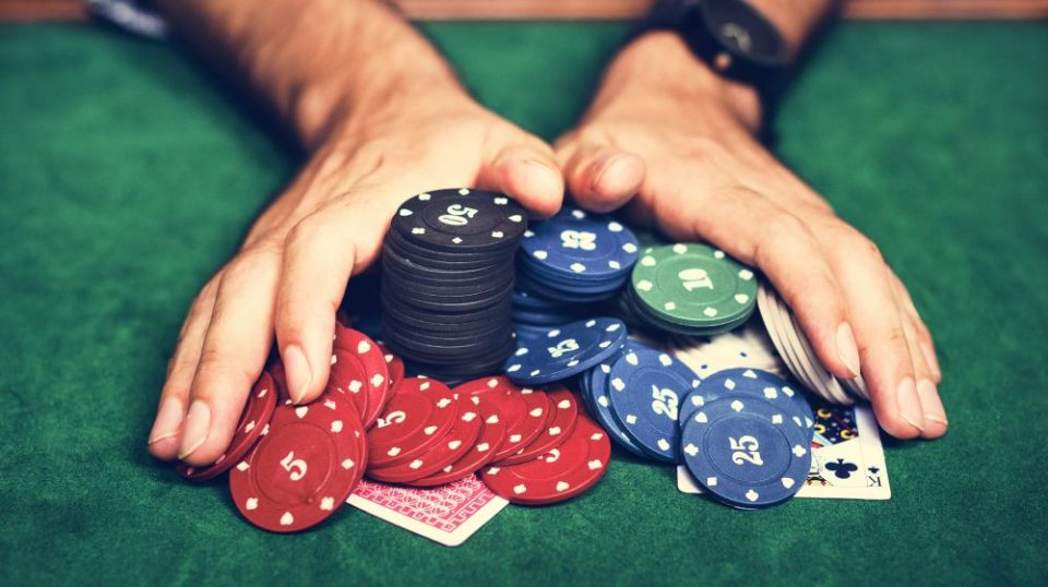 The Way Casinos Trick Gamblers - Online Gambling Tricks