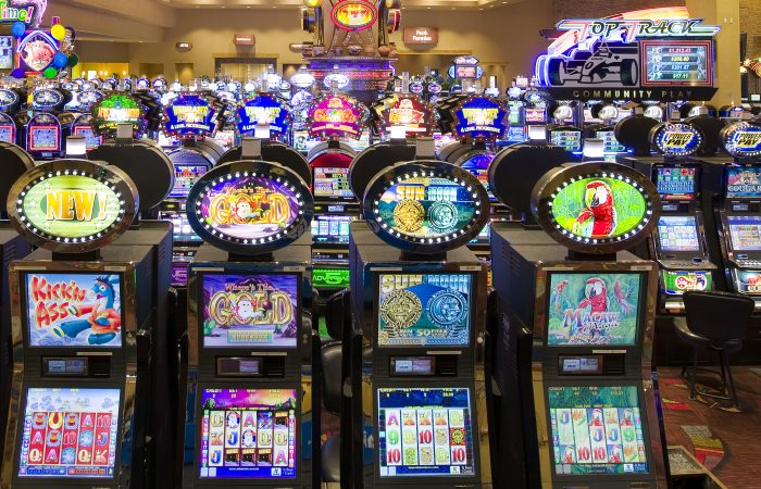 Three Sensible Methods To teaching Your Audience About Gambling